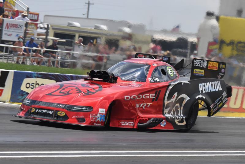 Rain Forces Postponement Of All-Mopar Dodge//SRT Funny Car Final At NHRA Summernationals