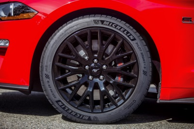 Look Forward To Next Summer With 2018 Ford Mustang GT And New High-Performance Summer Tires