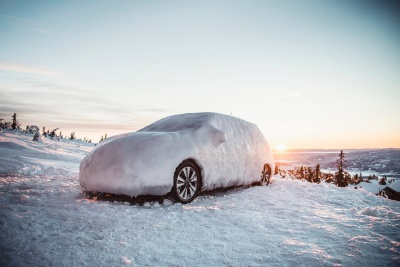 NISSAN BREAKS THE ICE WITH NEW NISSAN LEAF 30KWH