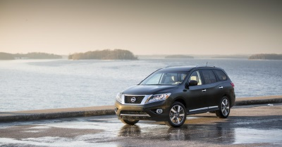 NISSAN PATHFINDER NAMED ONE OF THE '16 BEST FAMILY CARS OF 2016' BY KELLEY BLUE BOOK'S KBB.COM