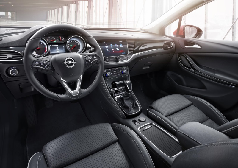 Affordable High-Tech: New Opel Astra Tough on CO2 and Prices