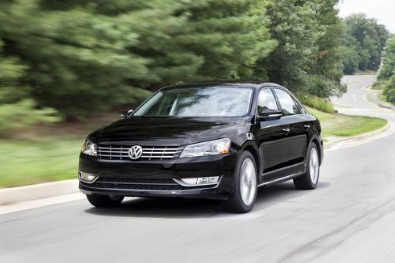 VOLKSWAGEN ANNOUNCES PRICING OF PASSAT 1.8T MODELS, CELEBRATES TURBO DIRECT-INJECTION ENGINE LEADERSHIP