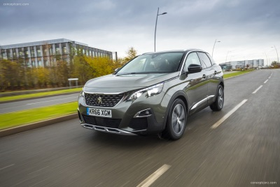 PEUGEOT 3008 SUV I-COCKPIT® WINS TECHNOLOGY AWARD AT WHAT CAR? CAR OF THE YEAR AWARDS 2017