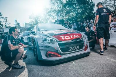An Exciting And Challenging Home Outing For Team Peugeot Total In France