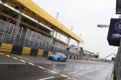 Polestar Cyan Racing Keeps Double World Championship Lead Following Chaotic Macau Street Race Weekend