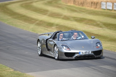 PORSCHE 918 SPYDER WOWS GOODWOOD