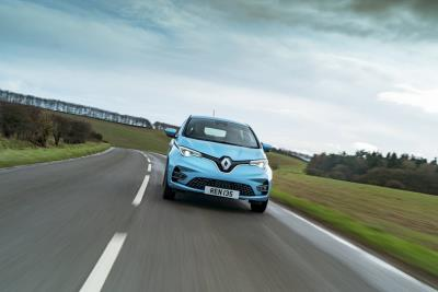 Renault Offers Up To £1,000 Switch Incentive On Its Electrified Model Range