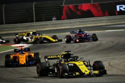 Renault Sport Formula 1 Team: Formula 1 Bahrain Grand Prix, Sunday