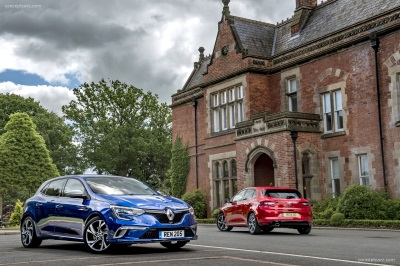 Triple Crown For Renault At Fleet World Honours 2017