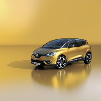 RENAULT SHOWS THREE FRESH DEBUTS AND THE BREADTH AND SUCCESS OF ITS MOTORSPORT HISTORY AT THE GOODWOOD FESTIVAL OF SPEED