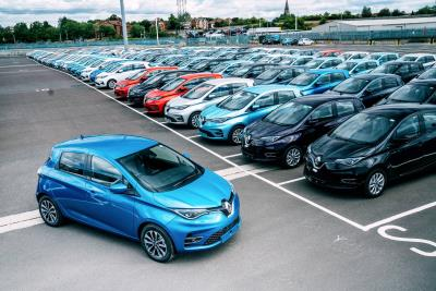 Ordering 1,100 All-Electric Renault Zoes Is A Simple Decision For Onto