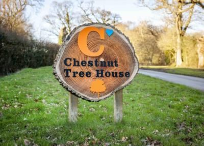Rolls-Royce family chooses Chestnut Tree House as 2021 House Charity