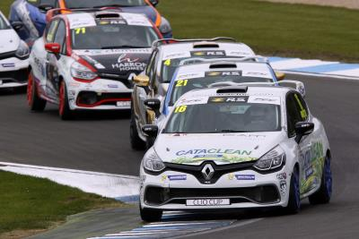 Rowbottom Joins Title-Winning Team Pyro Squad For 2018 Renault UK Clio Cup