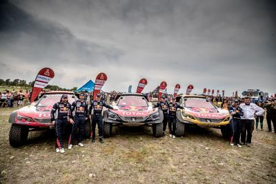 Carlos Sainz, Lucas Cruz And Their Peugeot 3008DKR Maxi Triumph On A Dakar Rally That Makes History