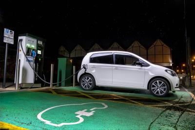 Seat Mii Electric Wins Value Electric Car Of The Year At Inaugural What Car? Electric Car Awards