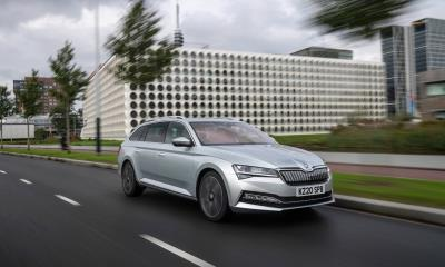 ŠKODA is the Superb choice for families at the DrivingElectric awards 2021