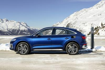 Roving with a longer range: Technology upgrade boosts scope of new Plug-In Audi Q5 Sportback and other key TFSI e models
