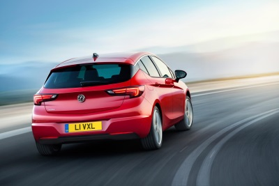 VAUXHALL ASTRA WINS EUROPEAN CAR OF THE YEAR 2016