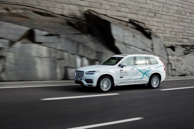 VOLVO CARS PUTS PEOPLE FIRST IN THE DEVELOPMENT OF AUTONOMOUS CARS