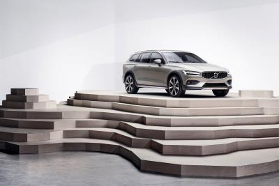 Volvo V60 Named To Car Seat Check Honor Roll By Cars.Com