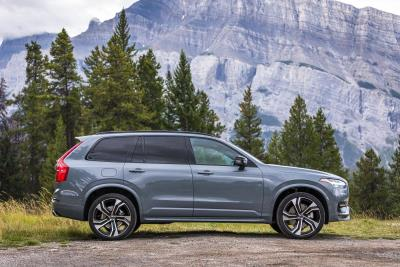 Volvo XC90 Named A Car Of The Decade By Experts At Autotrader