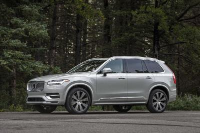 Volvo XC90 Plug-In Hybrid Named Mid-Size Luxury SUV Of Texas By Texas Auto Writers Association