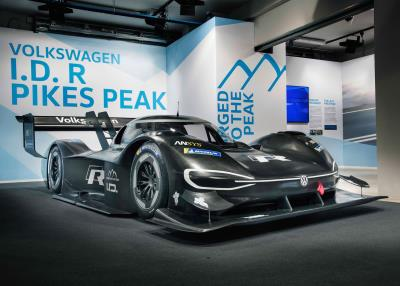 Volkswagen Unveils Fully-Electric I.D. R Pikes Peak