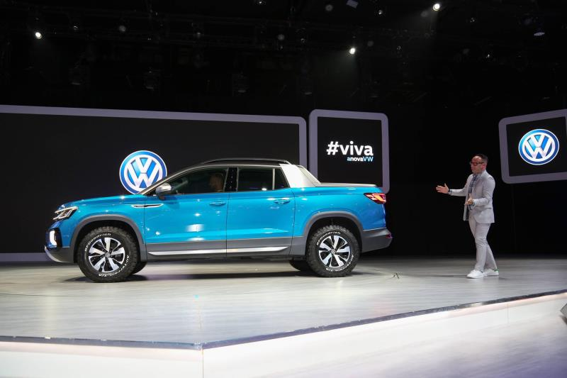 Volkswagen Shows Tarok Pickup Concept At The New York International Auto Show