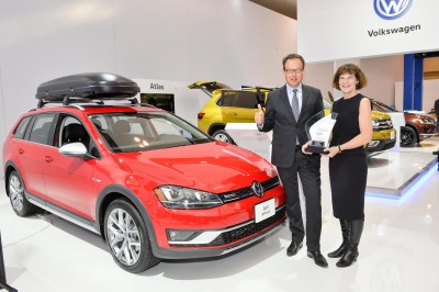 Volkswagen Golf Alltrack Named 2017 Canadian Car Of The Year