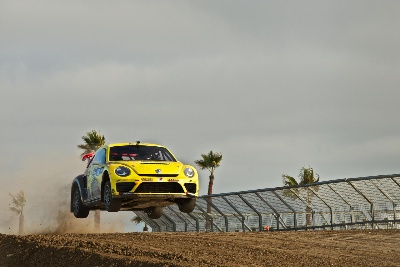 VOLKSWAGEN ANDRETTI RALLYCROSS PREPARES FOR 2015 SEASON WITH TWO BEETLE GRC RACE CARS