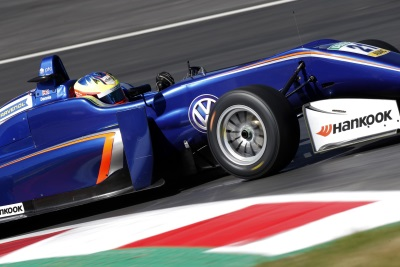 Youth To The Fore: Young Volkswagen Drivers Ready For The Formula 3 Opener In Silverstone