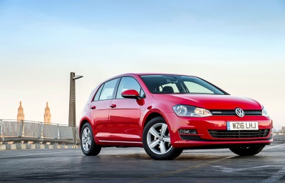 VOLKSWAGEN ENHANCES THE APPEAL OF ITS PERENIALLY POPULAR GOLF HATCH