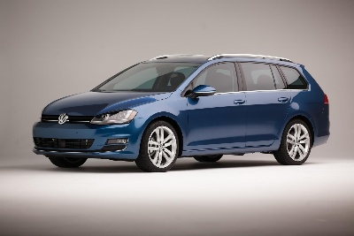 VOLKSWAGEN ANNOUNCES PRICING OF 2015 GOLF SPORTWAGEN