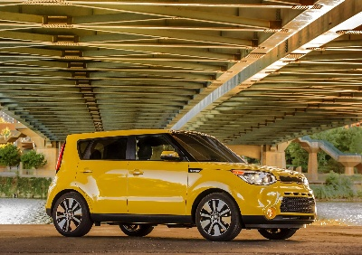 WARDSAUTO NAMES 2014 KIA SOUL TO LIST OF '10 BEST INTERIORS'