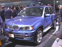 2001 BMW X5 image.