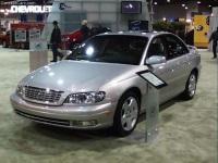2001 Cadillac Catera image.