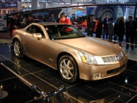 2003 Cadillac XLR image.