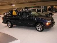 2002 Chevrolet S10 image.