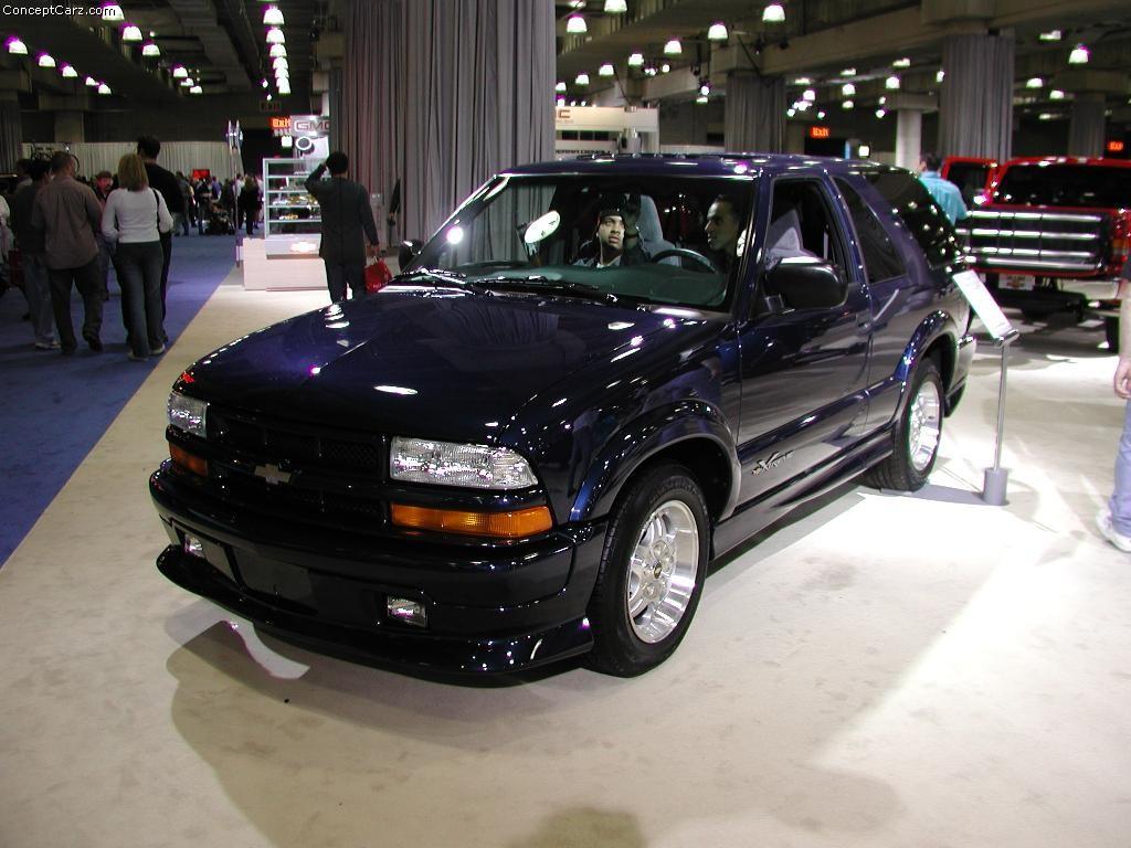 2003 Chevrolet Trailblazer History, Pictures, Value ...