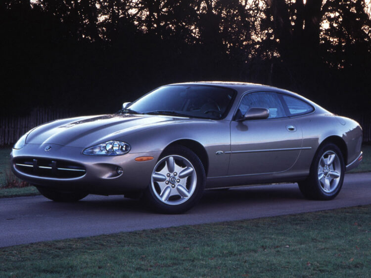 Elegant 1997 Jaguar XK8