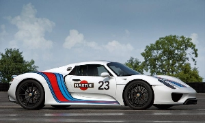 918 Spyder prototype in vintage Martini Racing design