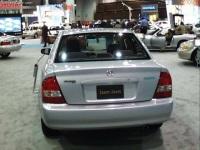 2000 Mazda Protege image.