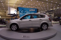 2002 Pontiac Vibe image.