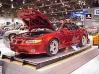 2000 Pontiac Grand Prix image.