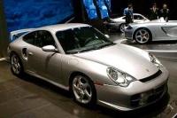 2001 Porsche 911 GT2 image.