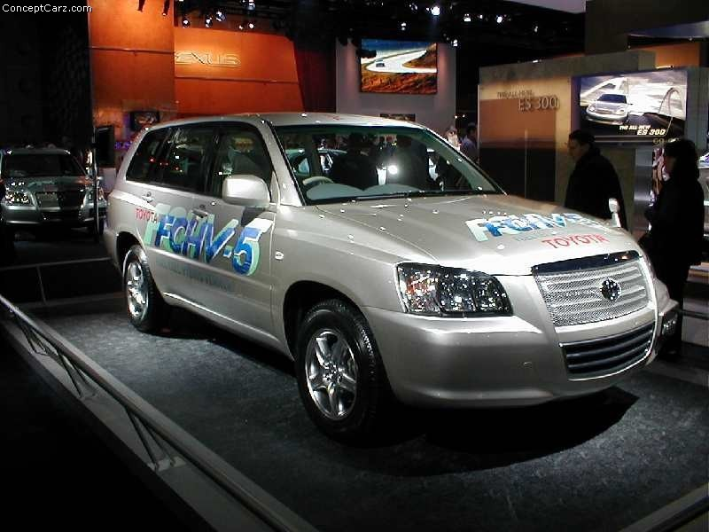2002 Toyota FCHV-5 pictures and wallpaper