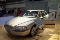 2002 Volvo S80 image.